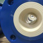 Full lined ceramic ball valve